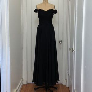 NWT Fiesta Fashion Lace Off the Shoulder Gown